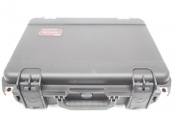 SHURE MICROFLEX Complete Wireless MXCWNCS Charging Station Case